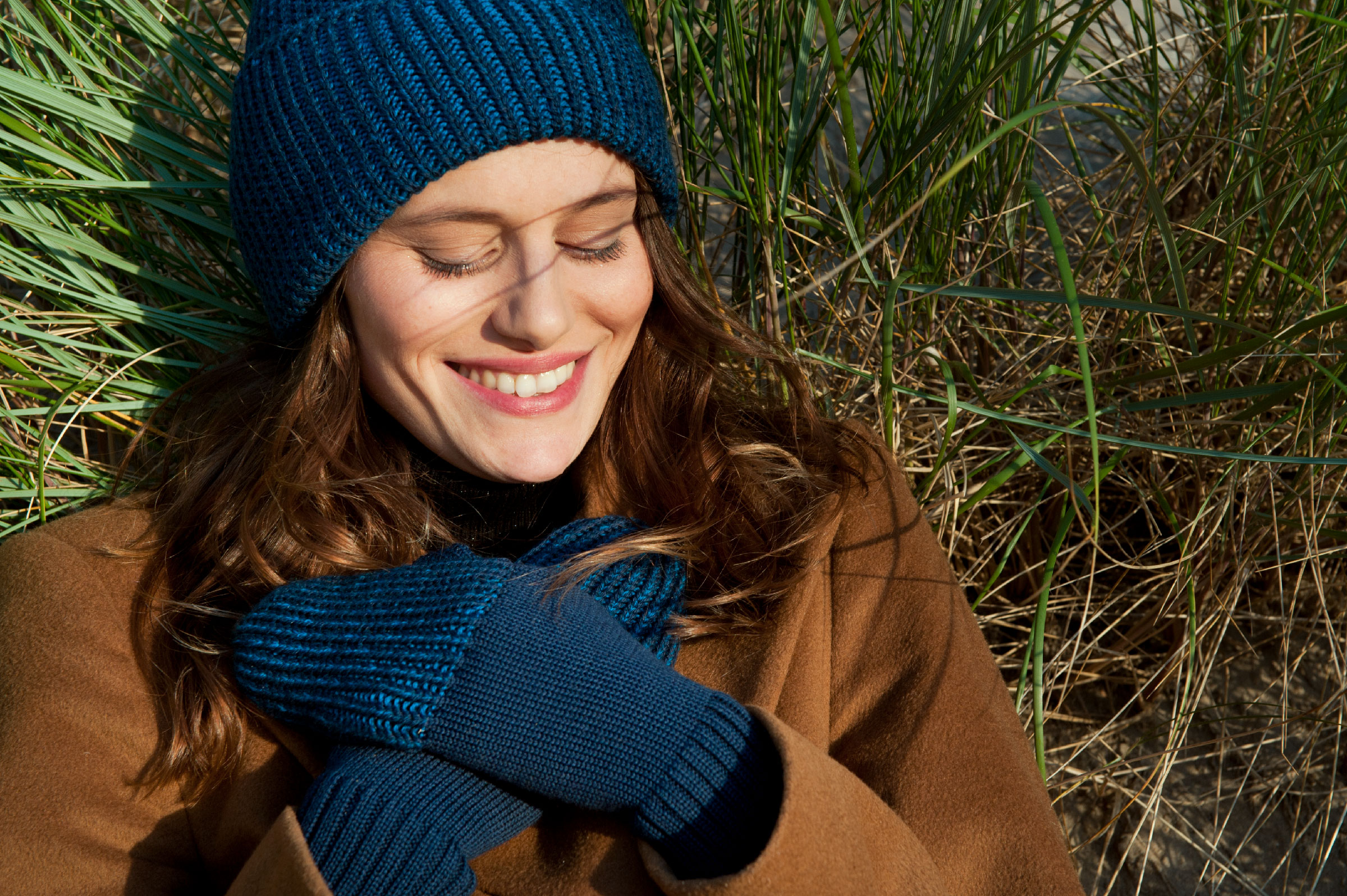Reshaped beanie and mittens