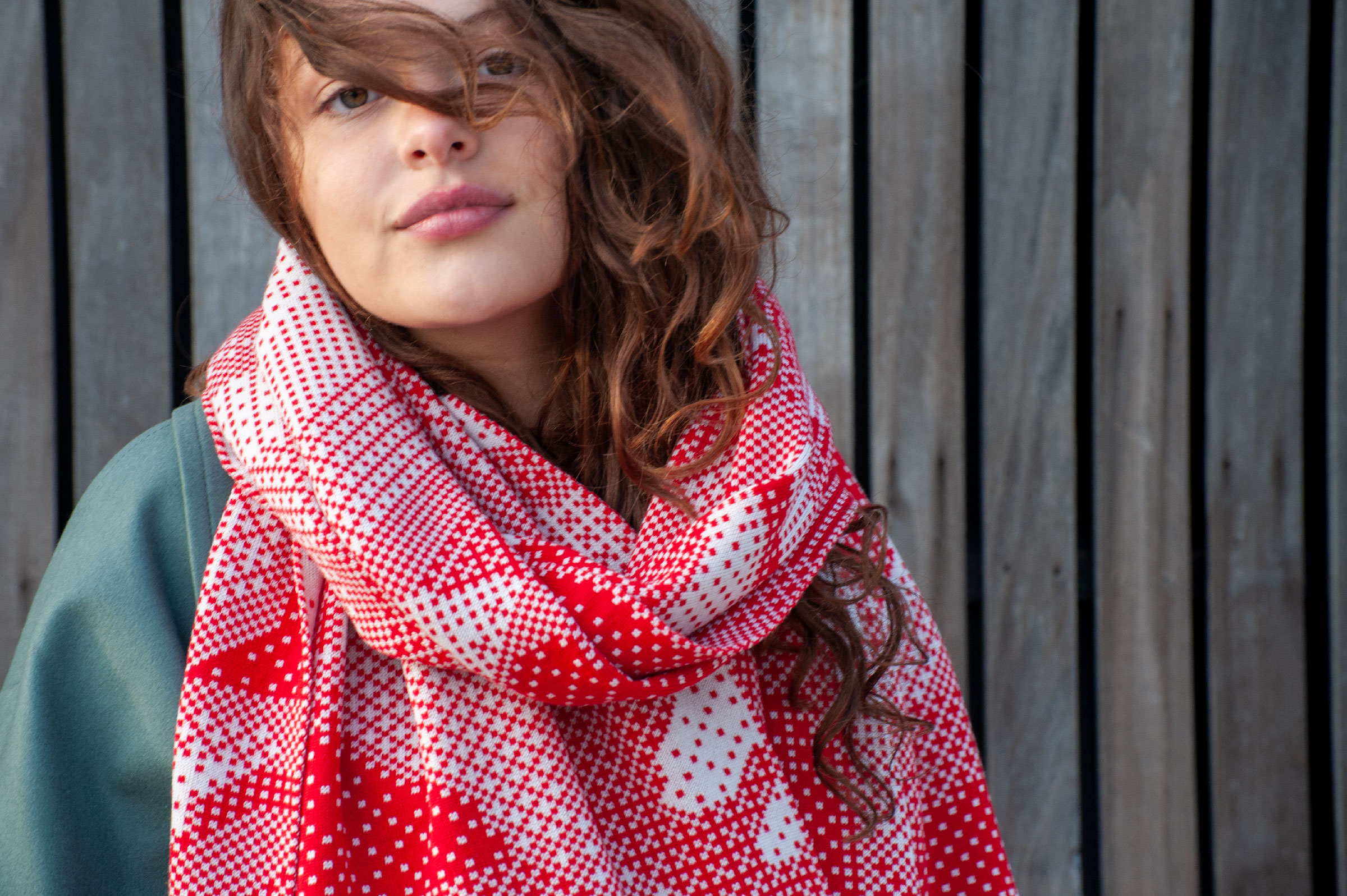 Pixelated roses scarf